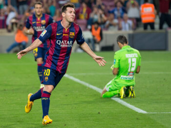 Messi e PSG: jogador pode assinar com o clube parisiense ainda essa semana
